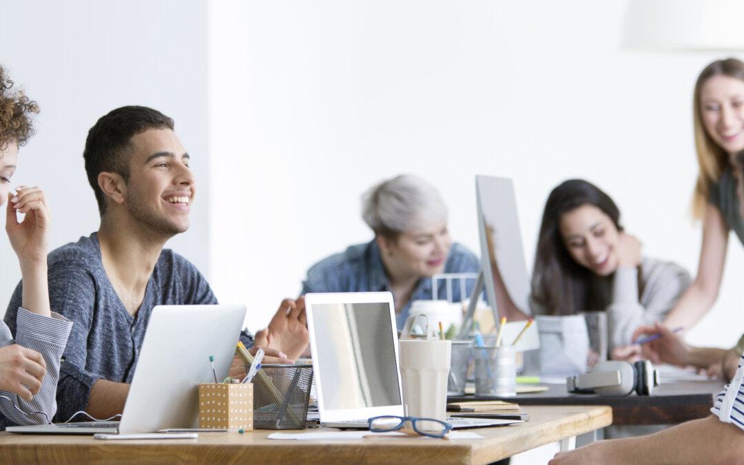 Breng de hybride werkplek tot leven met Microsoft Viva